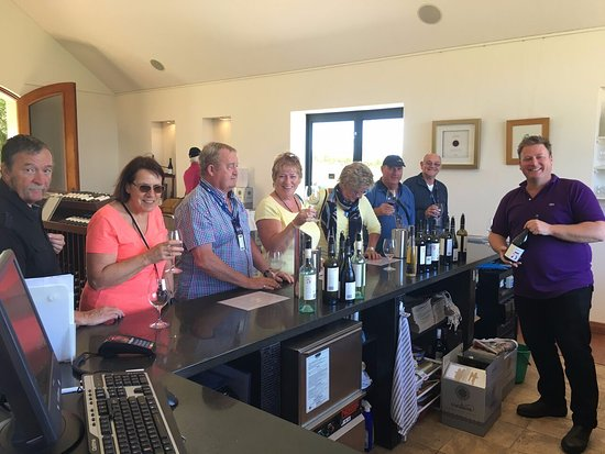 Dunsborough, Australia: Credaro Winery- International Group- Great fun day.