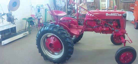 Blackfoot, ID: Cool tractor!