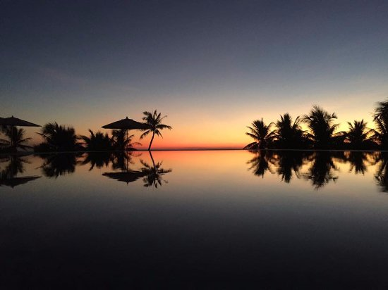 Ana Mandara Hue Beach Resort Photo