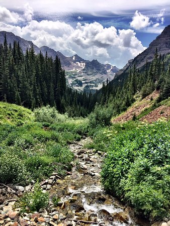 Buckskin Pass : just your average CO Mountain view (from trail)