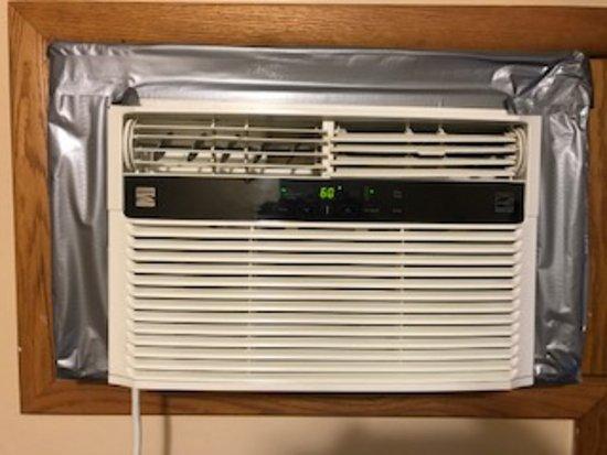 Cambridge, OH: inadequate window air conditioner.