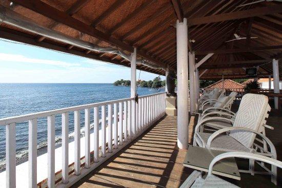 Villa Agung Beach Inn Photo