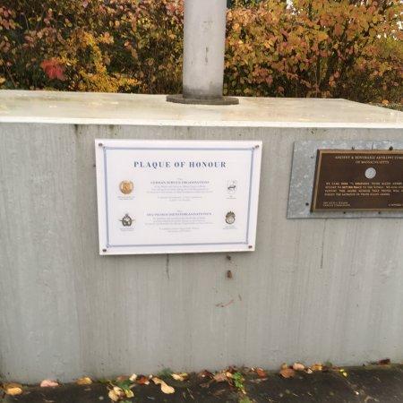 Allied Museum (Alliierten Museum) : Plaque of Honour