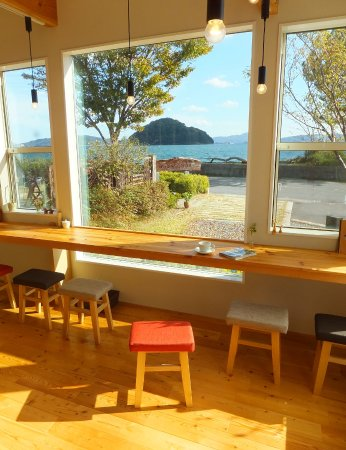 Suooshima-cho, Japan: カウンター席もございます