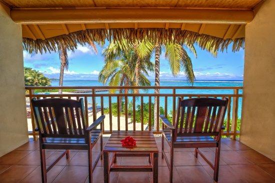 Sanctuary Rarotonga-on the beach: View from Beachfront Suite Balcony