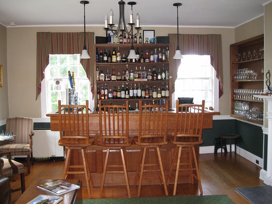 Middlebury, VT: Bar area