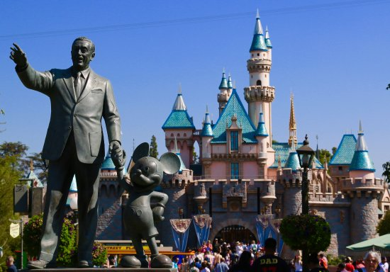 Walk in Walt's Disneyland Footsteps Guided Tour