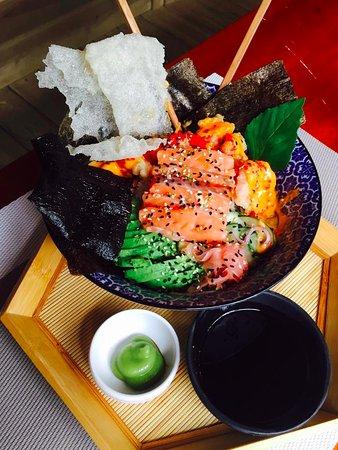 Ojochal, Costa Rica: Dragon Eye Sushi Bowl