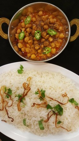 At Masala Loma Linda: Basmati Rice and Chana Masala.   Photo Larry R. Erickson