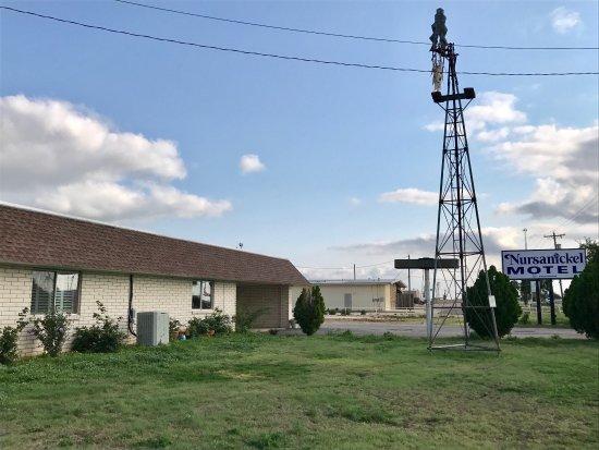 Spearman, TX: Nursanickel Motel