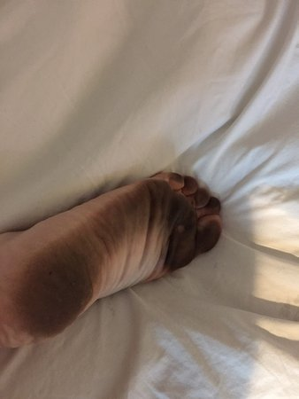 South Gate, CA: my foot from the filthy floor