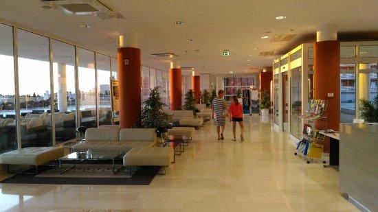 Hotel Laguna Parentium: P_20170724_203616_large.jpg