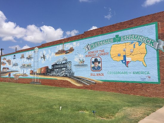 Shamrock, TX: Mural on the Plaza