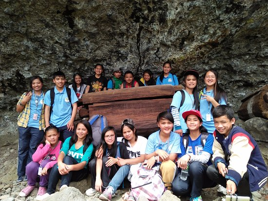 Bauko, Philippinen: Tranquil Beauty of Tumbaga Burial Cave It was a grateful experience to travel with students. Tum