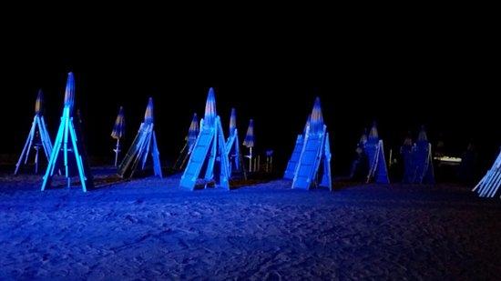 Mykonos: spiaggetta notte2