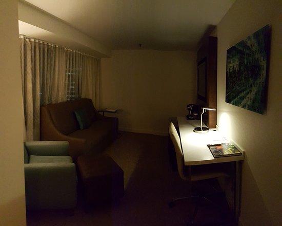 Toronto Marriott City Centre Hotel Living Room Desk Space