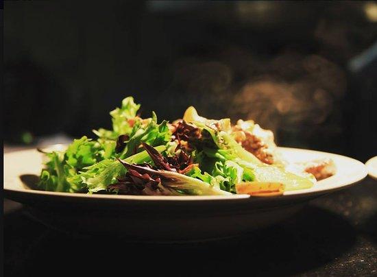 Νέο Μπάφαλο, Μίσιγκαν: rustic steak salad
