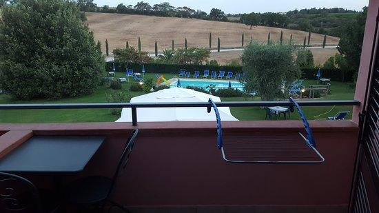 Agriturismo I Puntoni : Vista dal terrazzino della camera