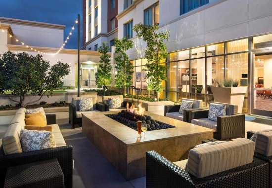 Courtyard irvine spectrum updated 2017 prices hotel for 35 view terrace irvine ca