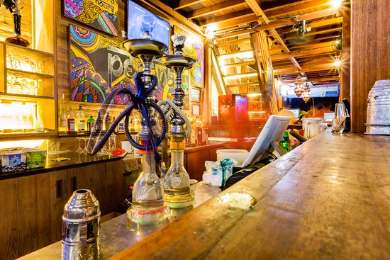 Pesona Beach Resort & Spa: Pesona's Bar with Sheesha