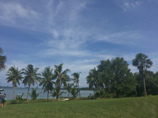 Pueblo Por La Playa: Family Vacay