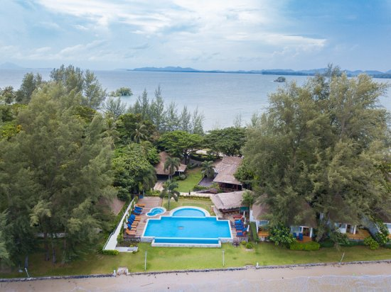 Twin Bay Resort Hotel - room photo 3069052