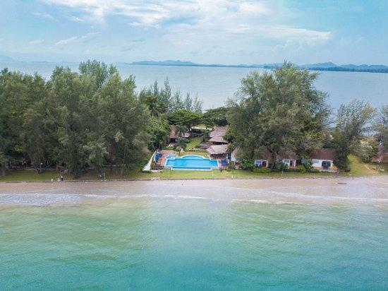 Twin Bay Resort Hotel - room photo 3069057