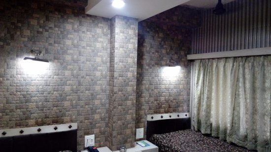 Monsoon: room with balcony