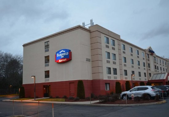 Fairfield Inn by Marriott Plymouth Middleboro sits between Boston and Cape Code