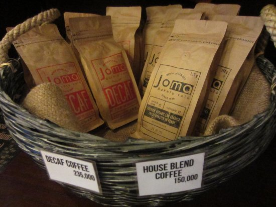Joma Bakery Cafe: Coffee beans, house blend and decaf