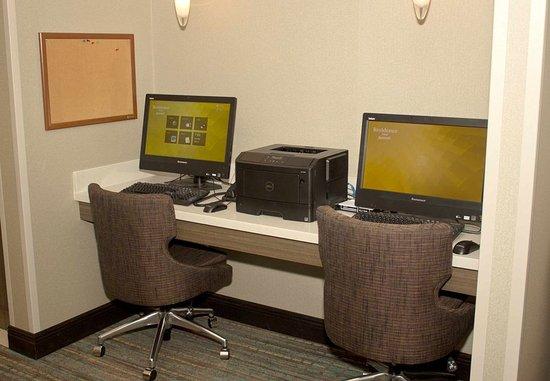 Sebring, FL: Business Center