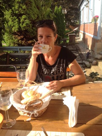 Litomysl, Republika Czeska: raňajky na terase