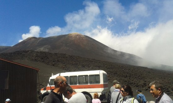Etna Experience Excursions : Mt. Etna and the bus