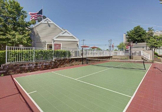 Residence Inn Lexington North: Sports Court