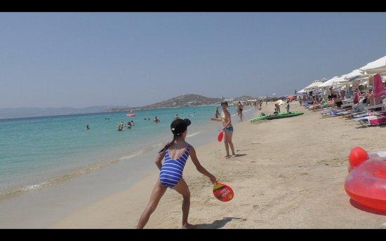 Hotel Katerina: Beach action at Agios Prokopios