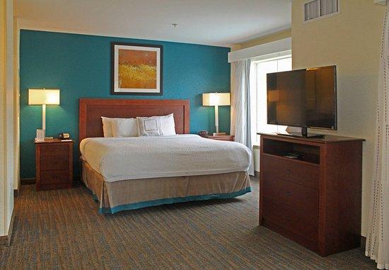 Killeen, TX: Studio Suite - Sleeping Area