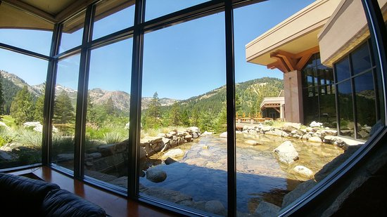 Olympic Valley, CA: Resort at Squaw Creek