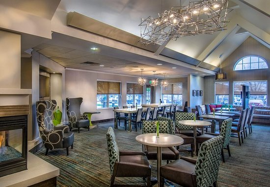Lakewood, CO: Lobby