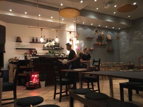 nom restaurant hamburg obr zok nom vietnamese fusion food hamburg tripadvisor. Black Bedroom Furniture Sets. Home Design Ideas