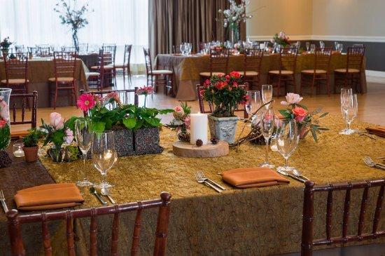 New Castle, DE: Ballroom Reception