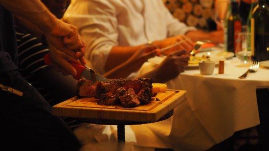 Bild von la buchetta food wine restaurant for Cuisine translate