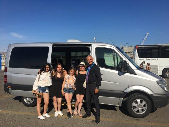 Prestige Rent : Leo and the mini bus we had. Fantastic!