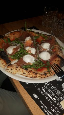 LAMMBOCK-Pizzabar & Hinterhofgarten Photo