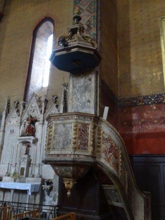 Montesquieu-Volvestre, France: La chaire