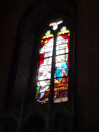 Montesquieu-Volvestre, France: Vitrail