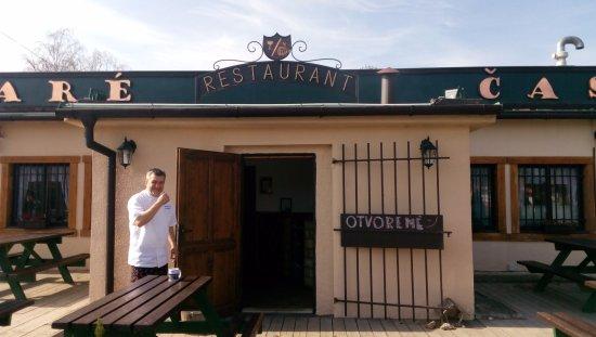 Marianka, Slovaquie : Staré časy: hlavný vchod + šéfkuchár