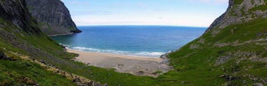 Moskenesoy, Norway: La spiaggia che si apre do circa 50 minuti di hiking