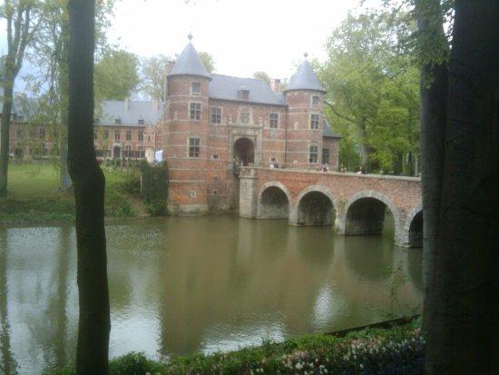 Groot-Bijgaarden, Belgium: Entrance