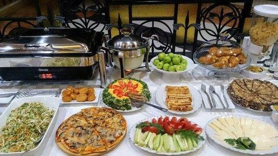 Deluxe Hotel Yerevan : Breakfast