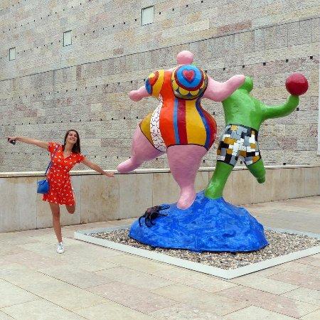 """Museu Coleção Berardo: Niki de Saint-Phalle, """"Les Baigneuses"""", 1985. Coleção Berardo. #NikiDeSaintPhalle #MuseuBerardo"""